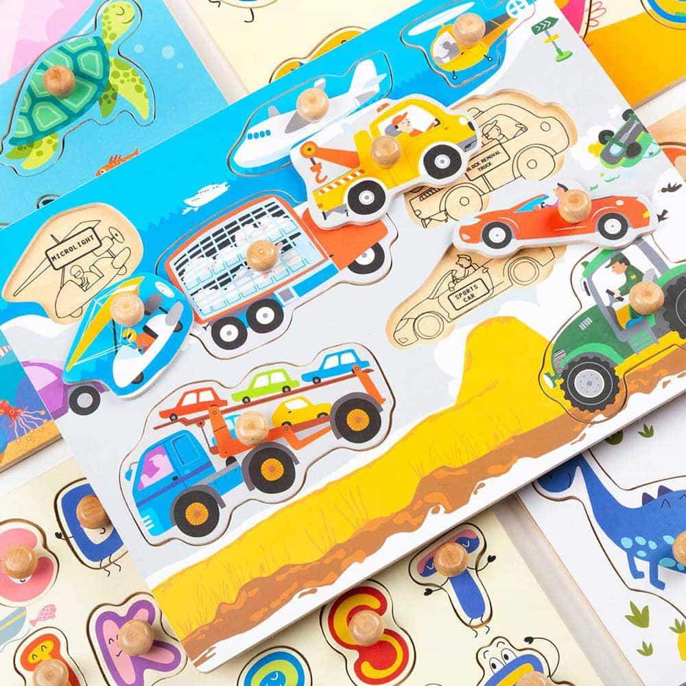 Robotime Puzzle lemn încastru Mașinuțe HP001 8 piese Peg puzzle color