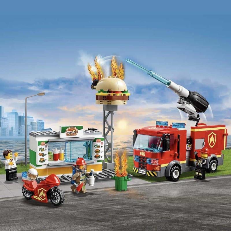 LEGO® City Stingerea incendiului de la Burger Bar 60214 - 327 piese