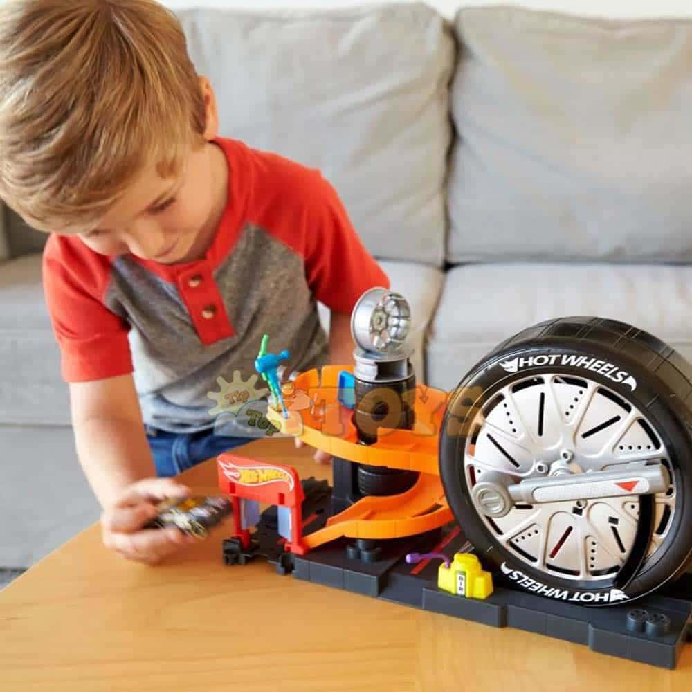 Hot Wheels Set de joacă carusel oraș City Tyre Delux FNB17 Mattel